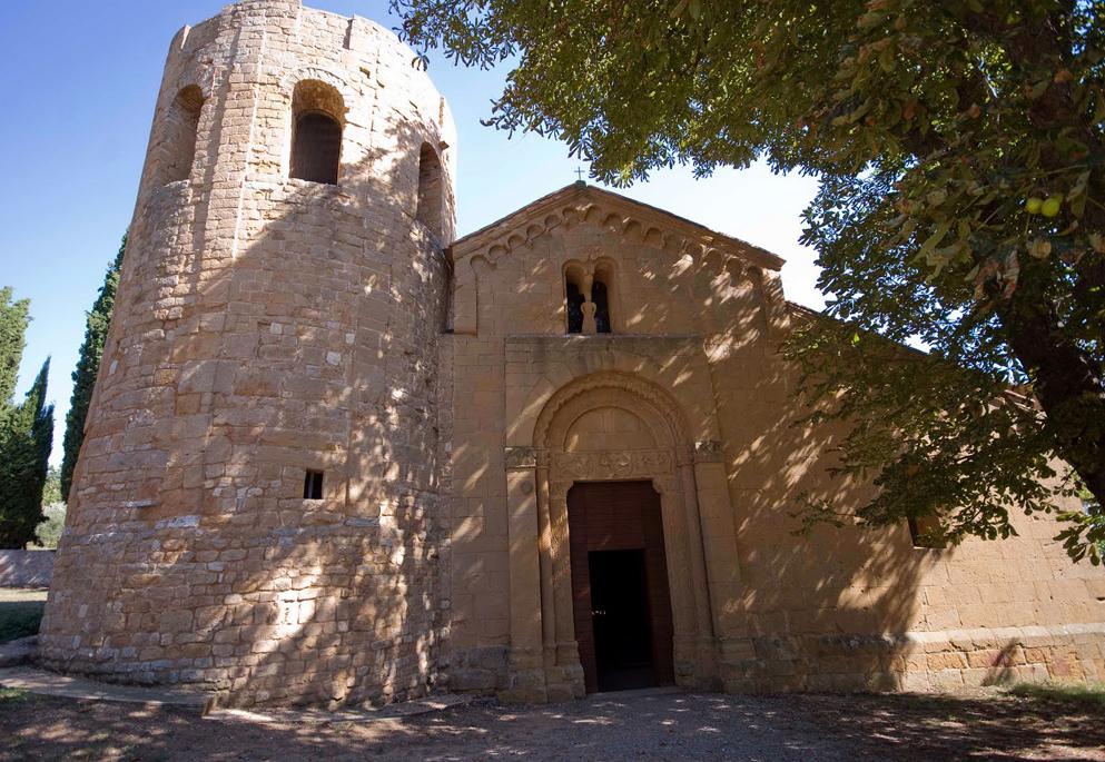 Foto: Pieve di Corsignano, la facciata e il campanile