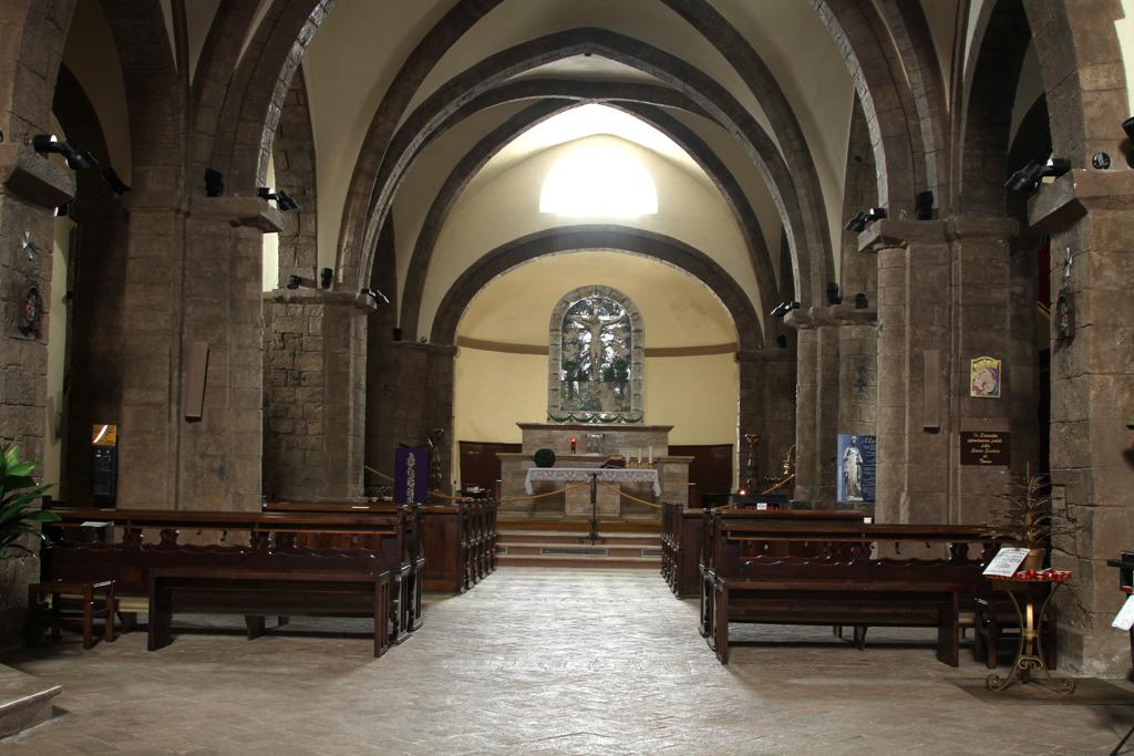 Foto: Radicofani, pieve di S. Pietro, l'interno